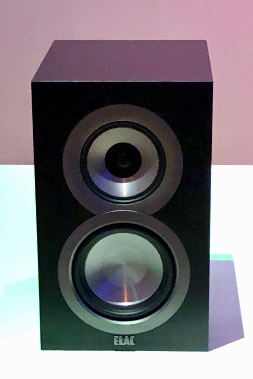 speaker018.jpg