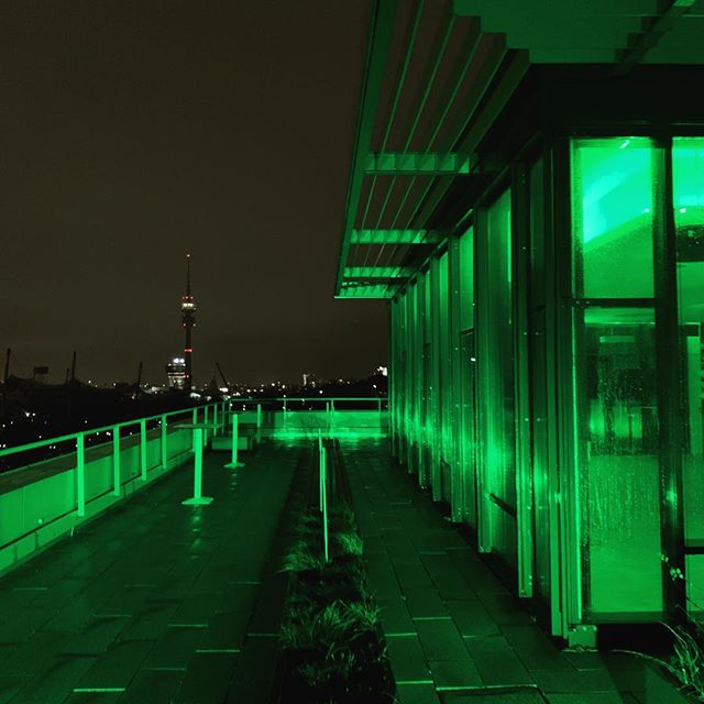 Rainy St. Patrick's Day #greening #stpatricksday #msweitblick #rooftop #grün #Green #Munich #Loft #Olympiapark #Location #venue #event #stpatrick