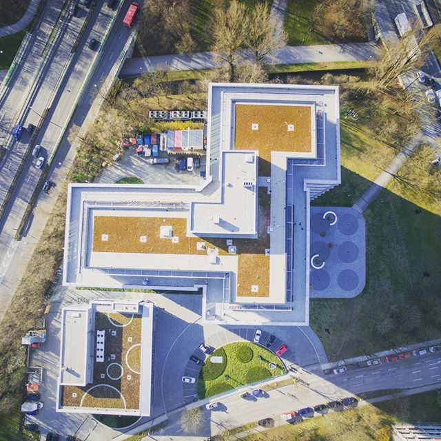 Rooftop Top-Down #topdown #msweitblick #roof #top #location #event #loft #drone #drohne #sapporobogen #ms #party