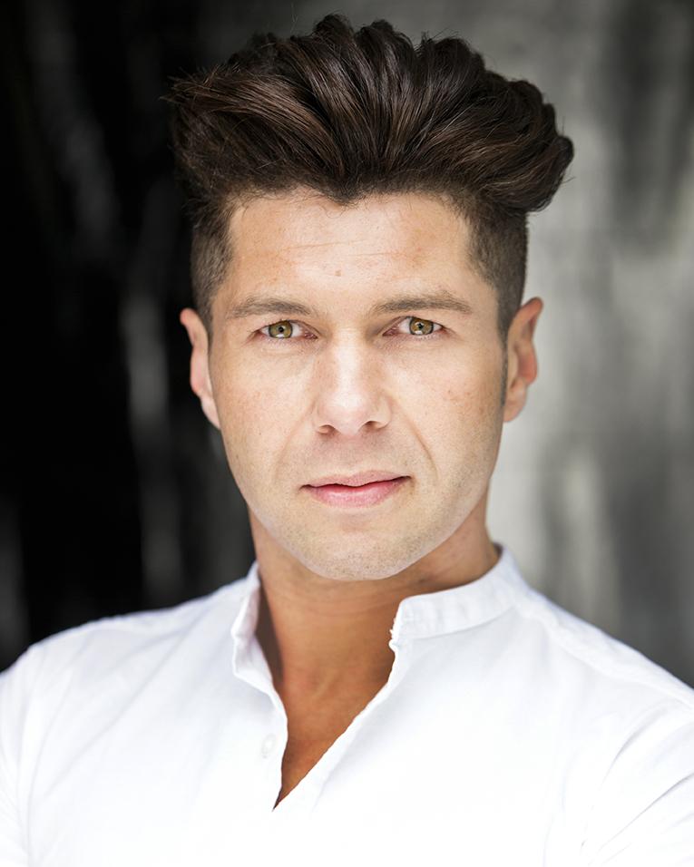 Actor_Singer_Dancer_headshot