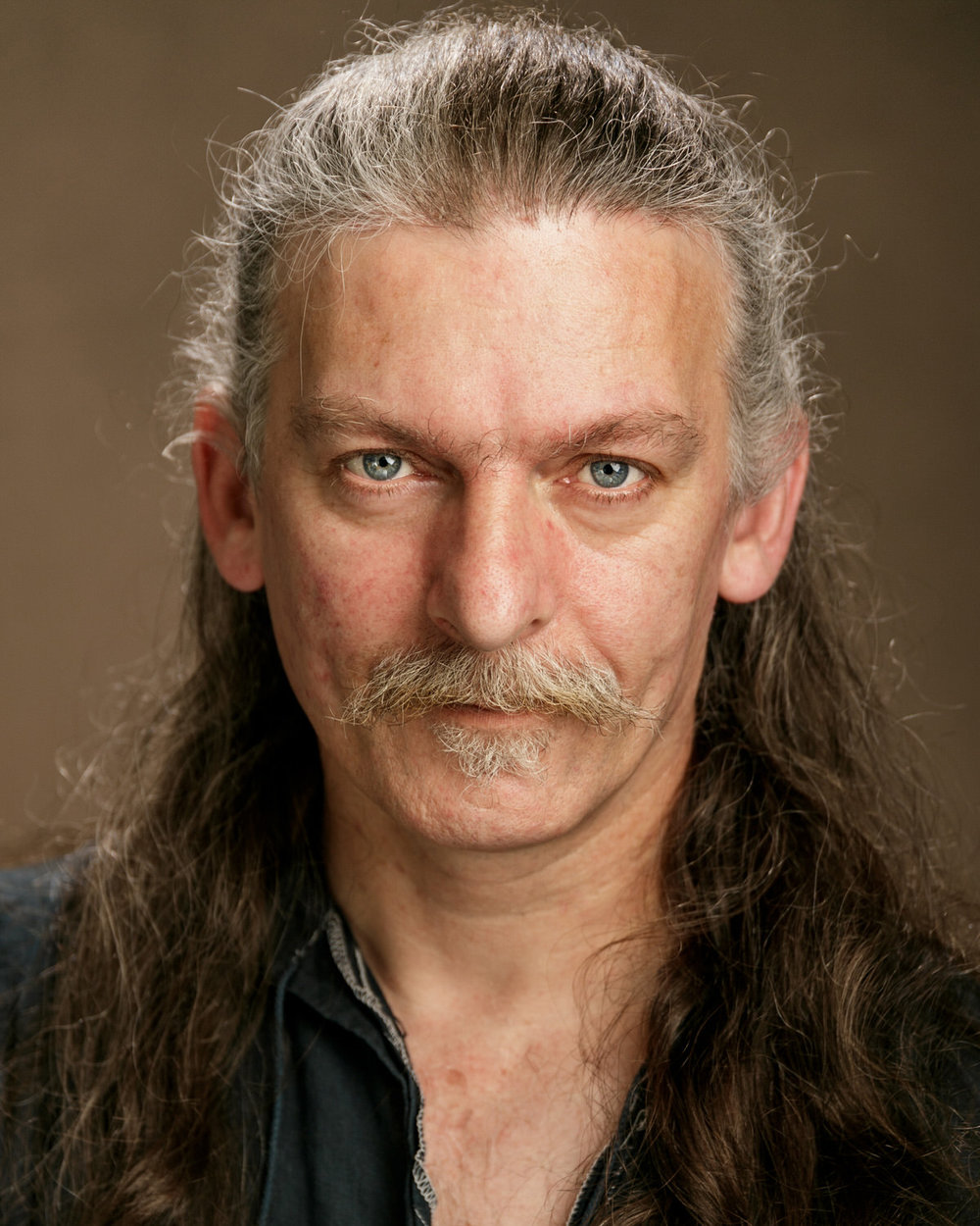 Actor-dancer-musician-headshot-roger-kenny_152.jpg