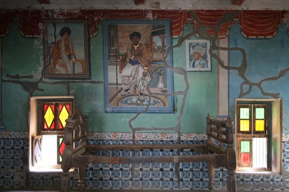 A room of C18? Kamangari Paintings in Than Monastery