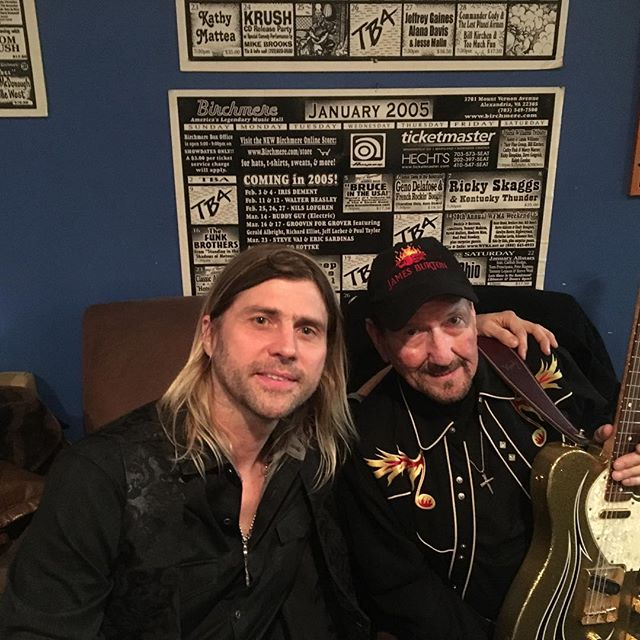 Backstage with James Burton ready to rock out some Elvis!!! @theamericanvinylallstarband  @featherborn  #elvispresley #jamesburton @nelvisrosado66