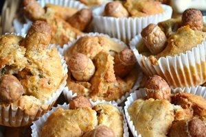 bangers+pupcakes.JPG