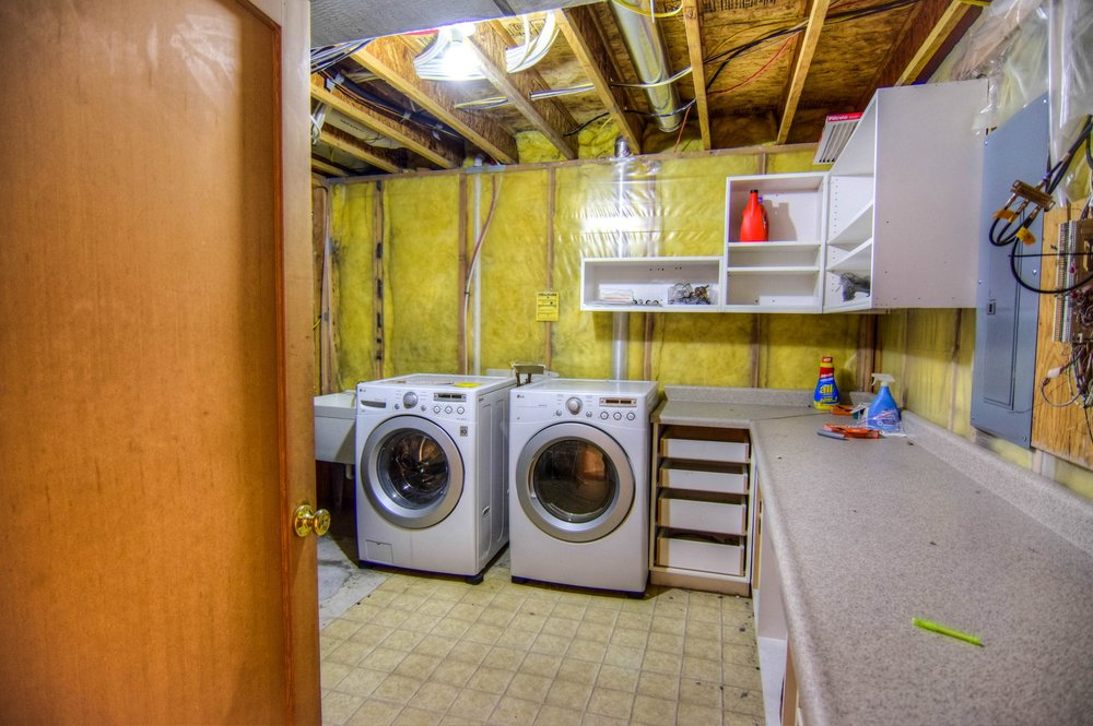 016_Laundry.jpg