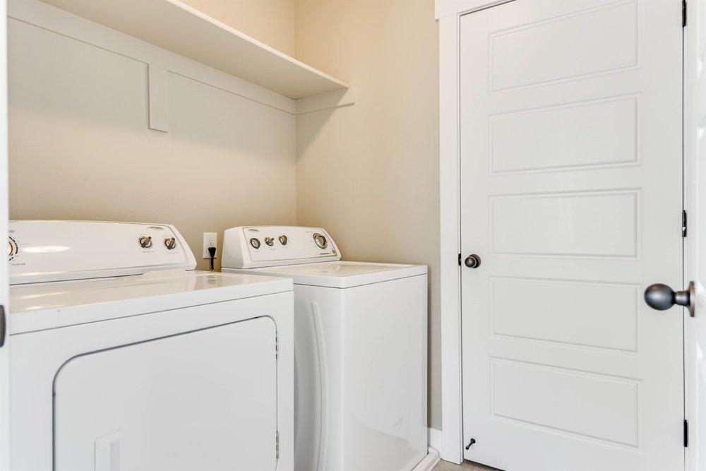 014_Laundry.jpg
