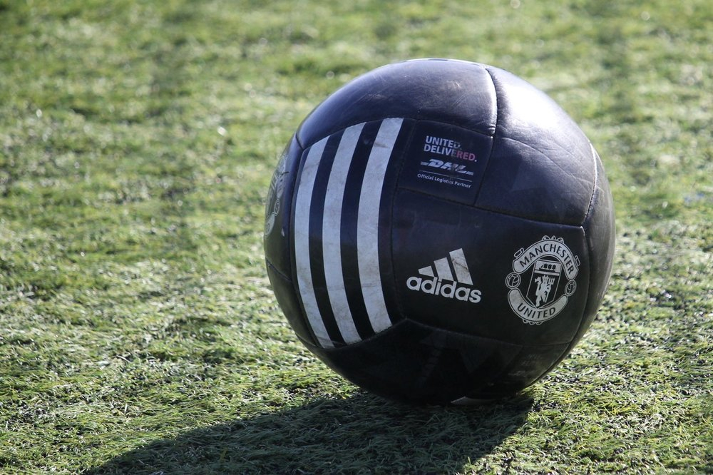 The United DiliveRed Match Ball