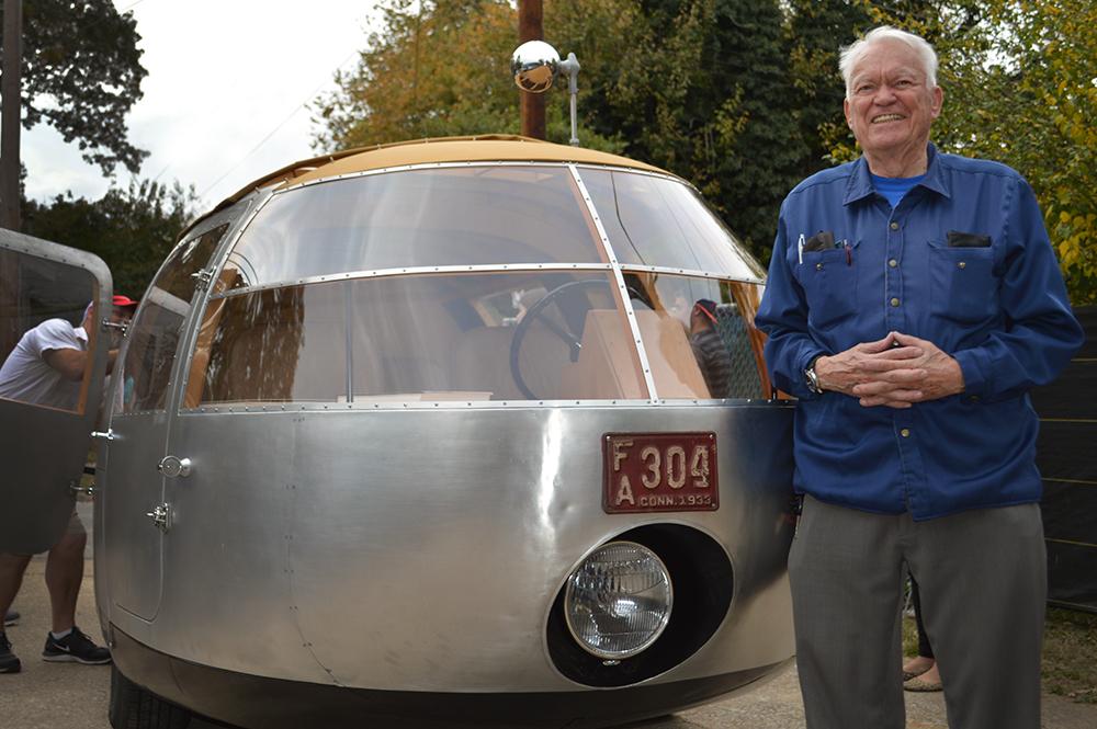 Bill&Car.jpg