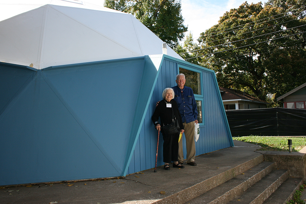 Fuller Dome Home Advisory Board member, Allegra Fuller (Bucky's Daughter) & Founding Member Bill Perk (Bucky's colleague from the SIUC design department) at the Dome Home