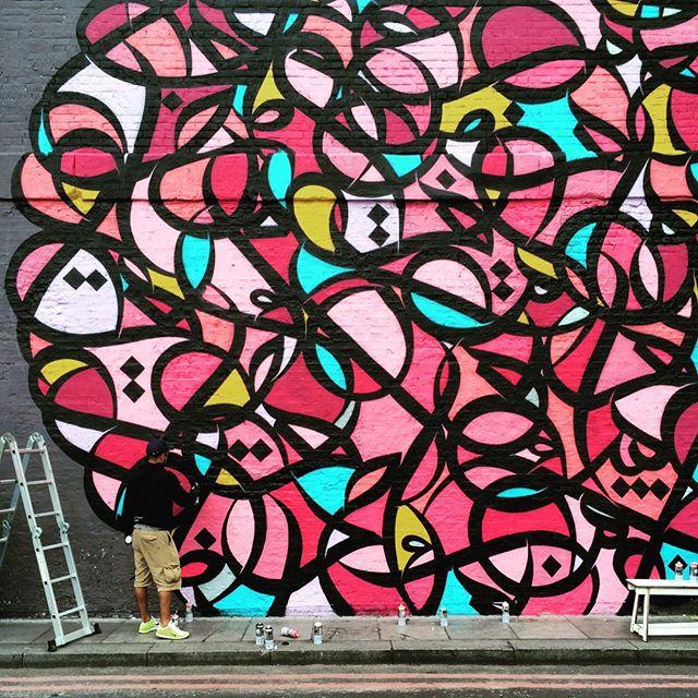 eL Seed's Calligraffiti painting