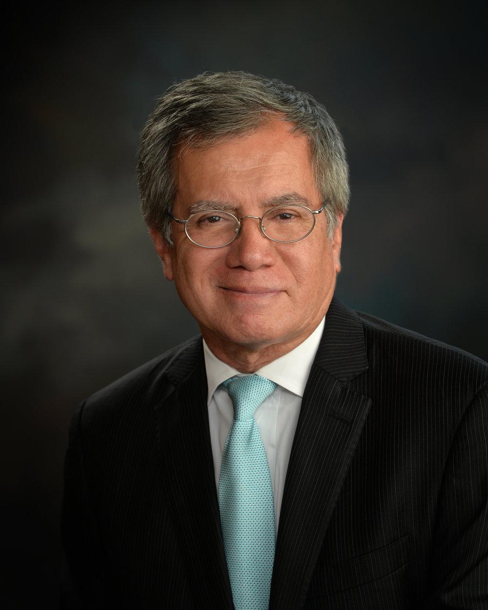Dr. Flores  2016.jpg