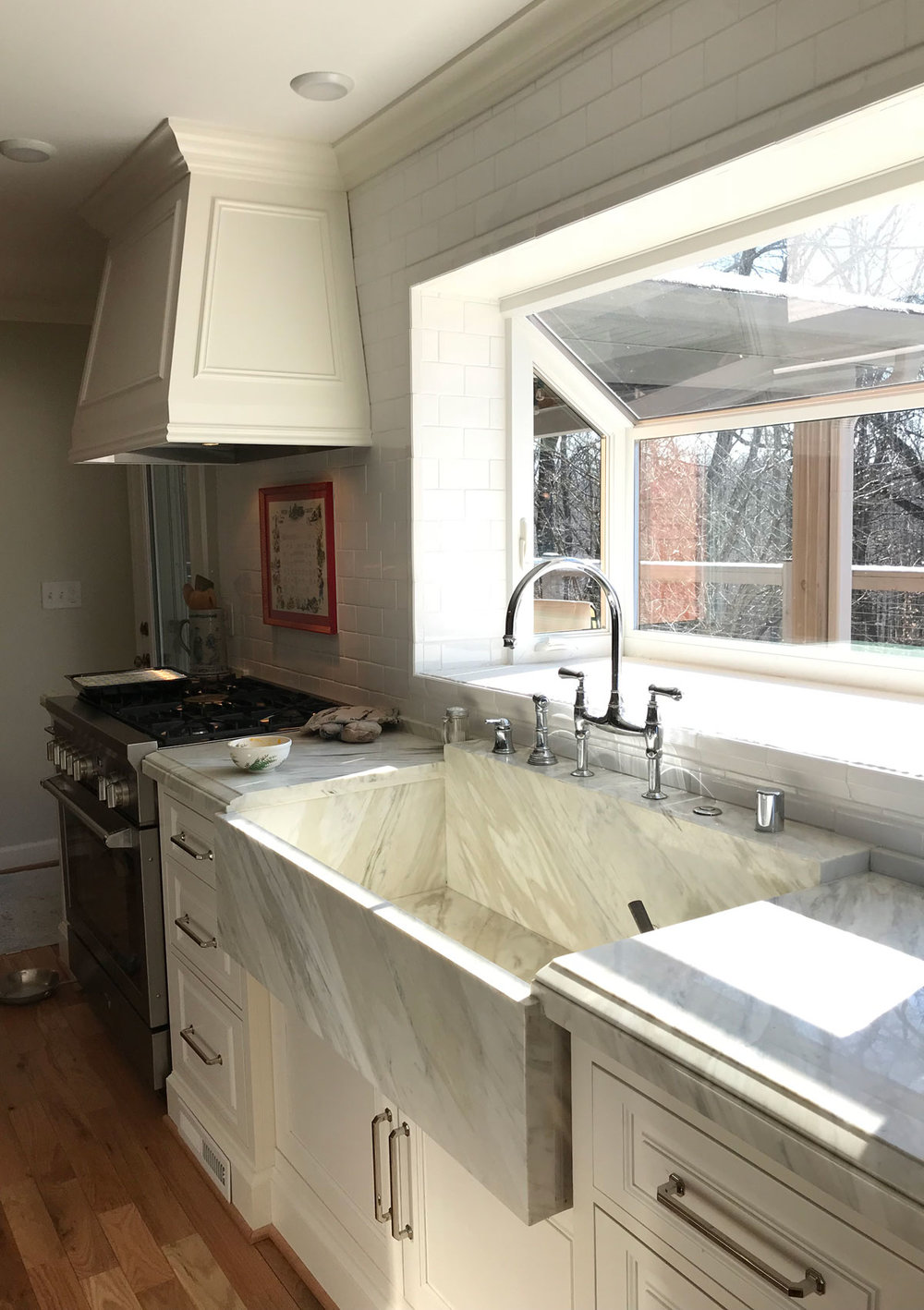 Stunning Marble Surfaces - Kitchen Remodeling