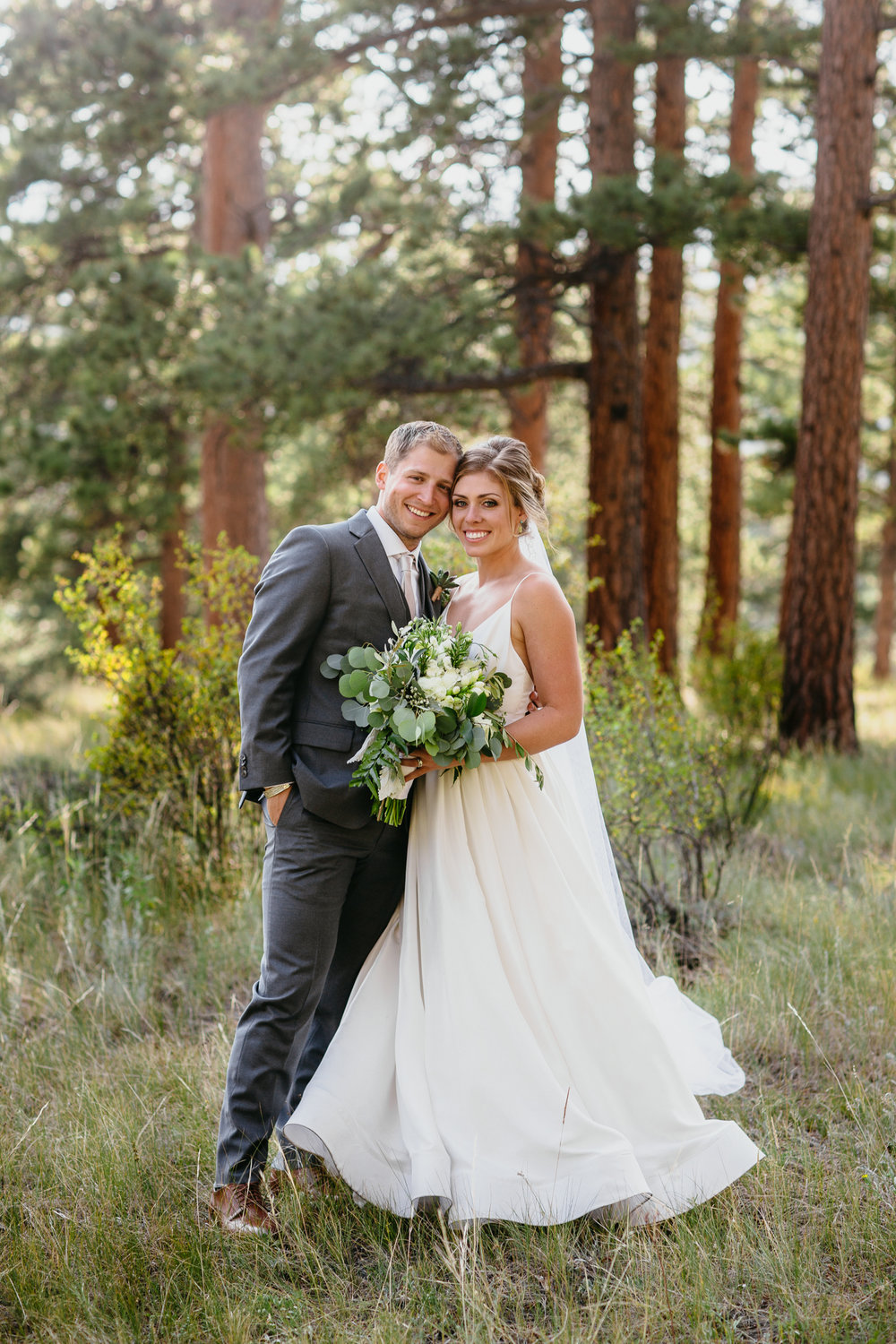 rowan-birch-colorado-wedding-blog-40.jpg
