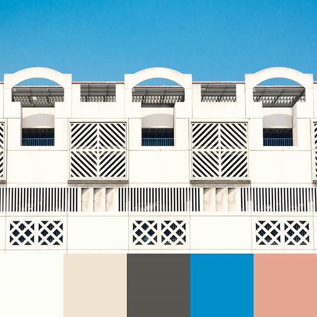 More colors, this time from #DubaiCreek! -- #colorpalette #creativelife #colorventures #chasinglight #agameoftones #colorinspo #colorinspiration #colors #colortheory #colorgram #designspiration #design #graphicdesign #designtips #uae #dubai #travel #travels #architecture #symmetry