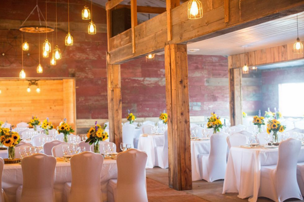 Venue: Willow Creek Farms • Photography: Ebby Lowry