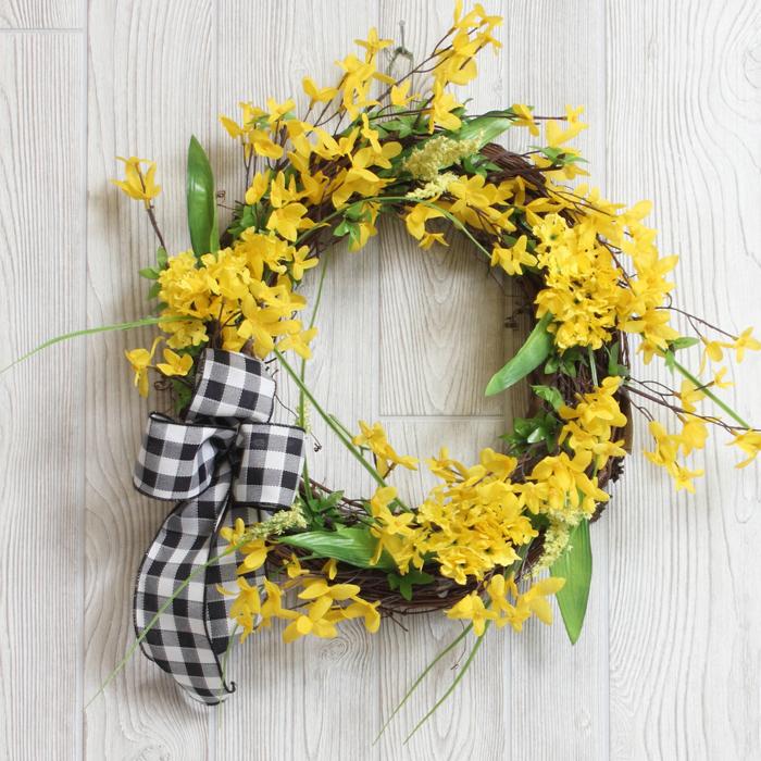 Forsythia-Wreath.jpg
