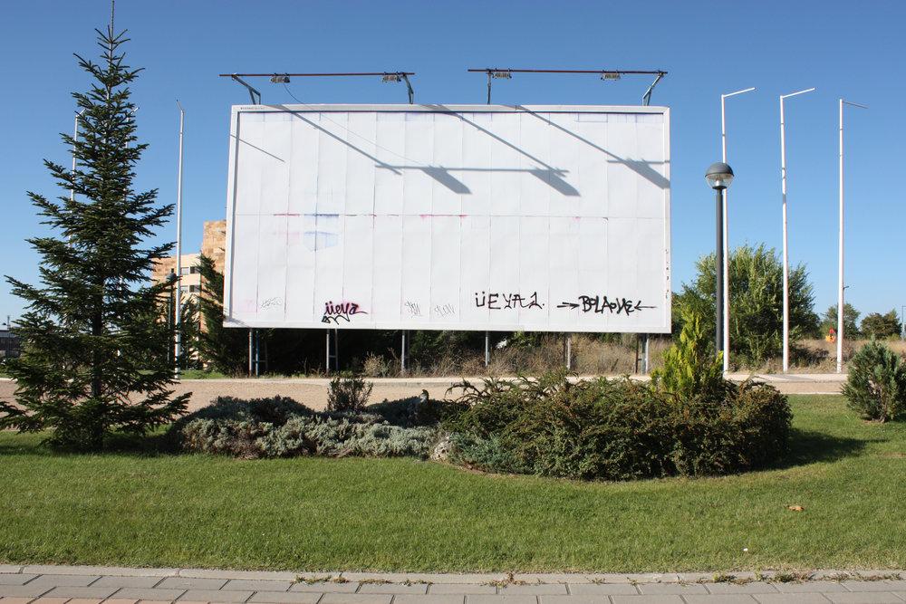 """De la serie """"España en Blanco"""".Noa González Cabrera. Valladolid, 2014."""