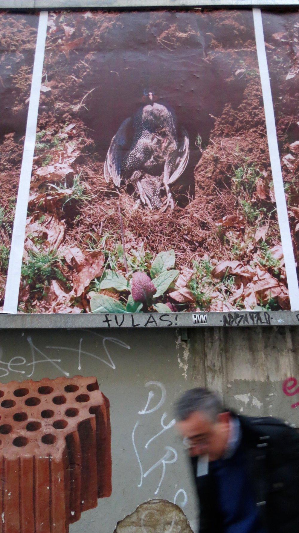 Detalle de la obra de Jesús García colocada en la valla de Ocho por Tres durante el mes de octubre y parte de noviembre. Foto: Elisa Rodríguez.