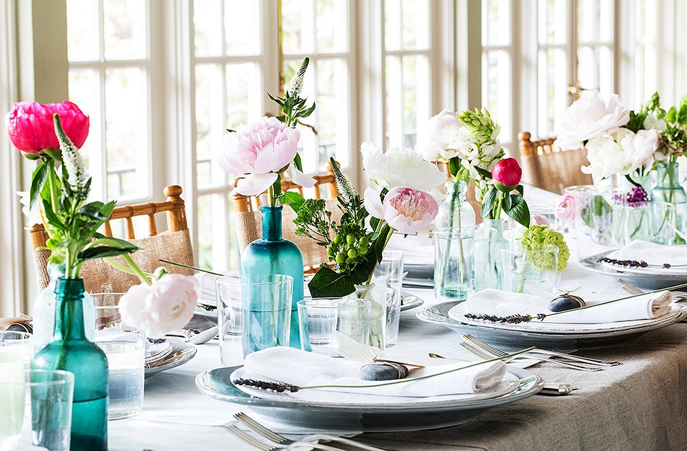 one_kings_lane_susanparty_table flowers.jpg