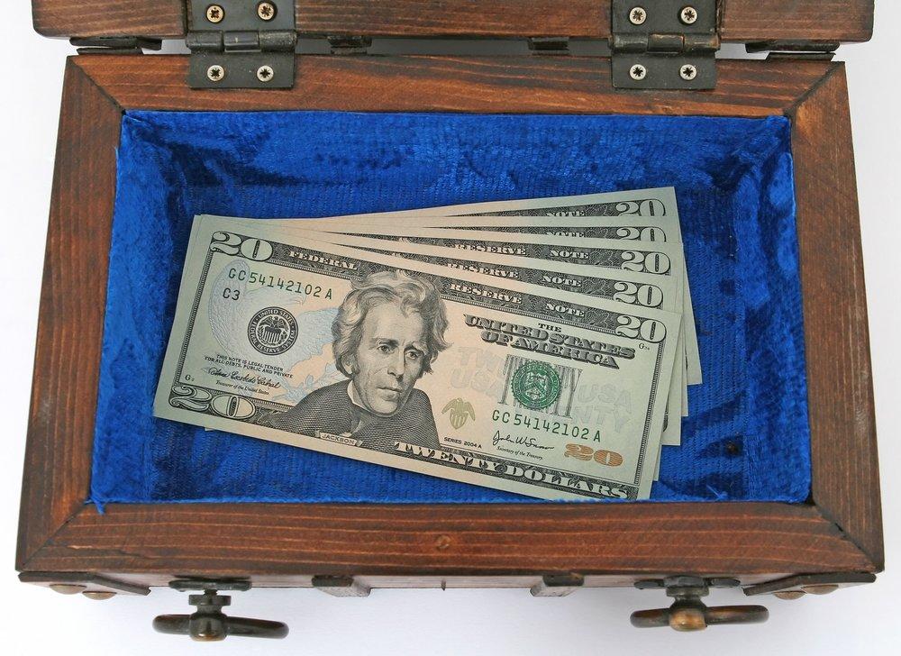bank-1238322_1920.jpg