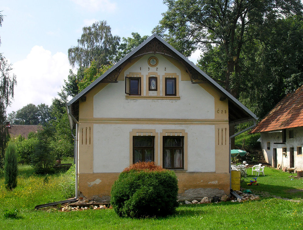 Bohdaneč,_small_house.jpg