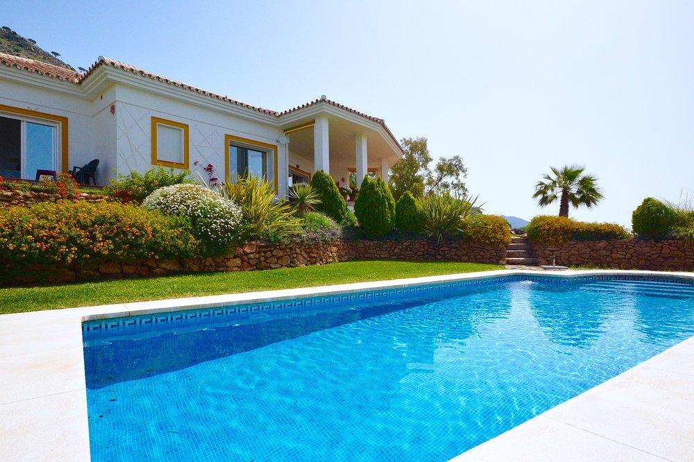 Spain-Holiday-Villa-Swimming-Pool-Swimming-2366288.jpg