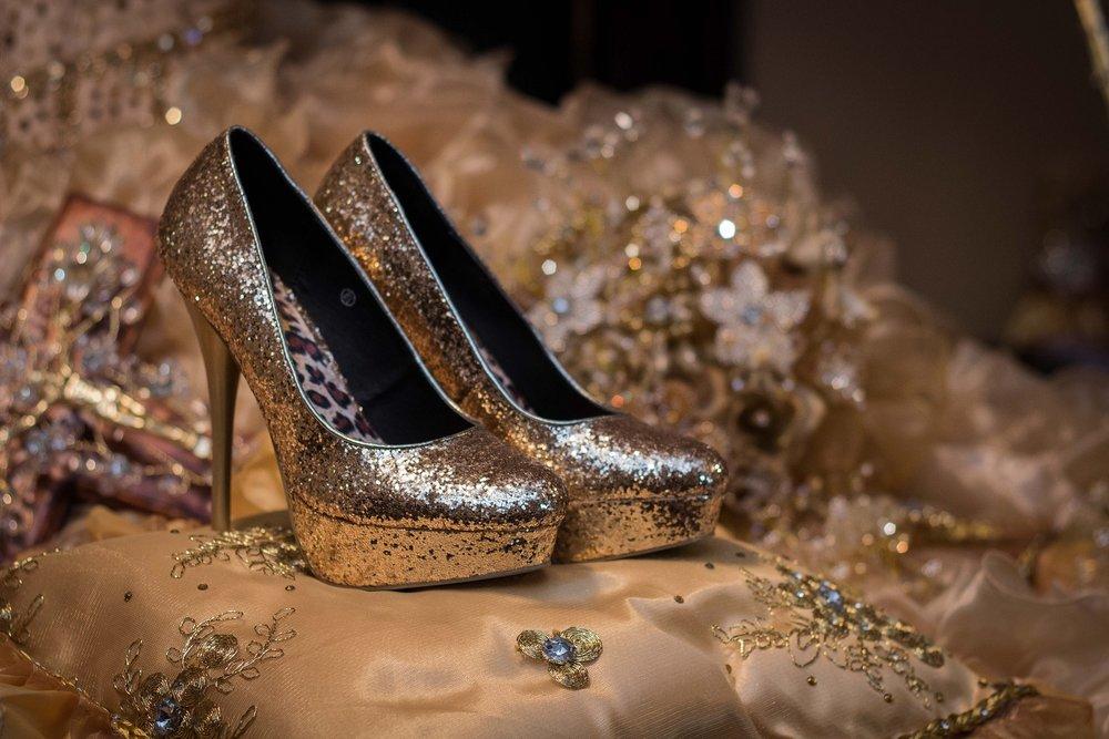 shoes-1468818_1920.jpg