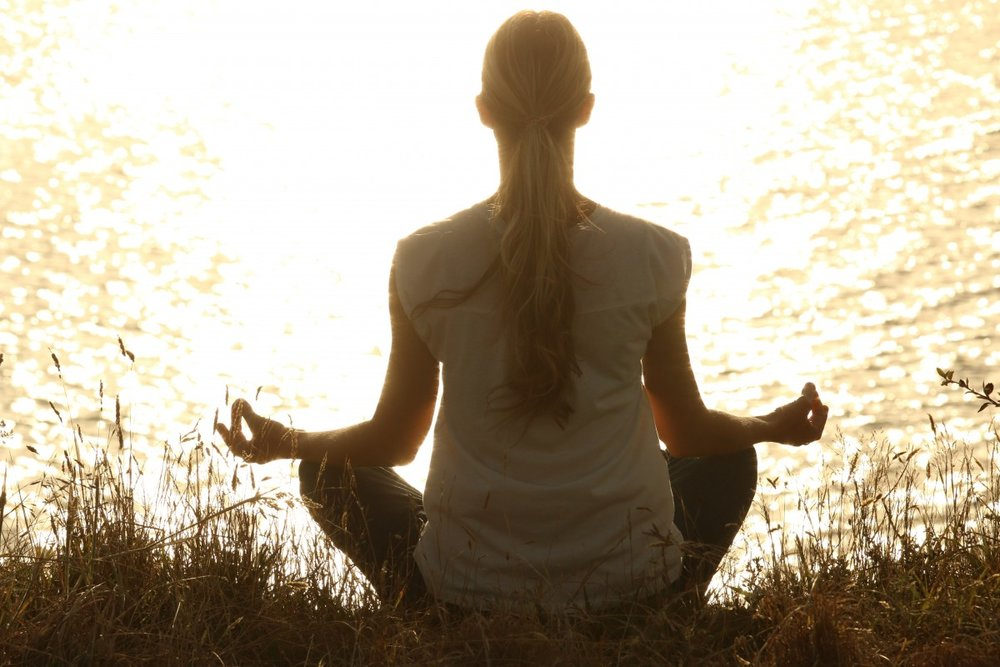 meditate_meditation_peaceful_silhouettes_sunset_tranquil_yoga-1175713.jpg