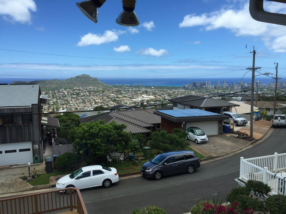Wilhelmina Rise in Kaimuki overlooks Diamond Head crater