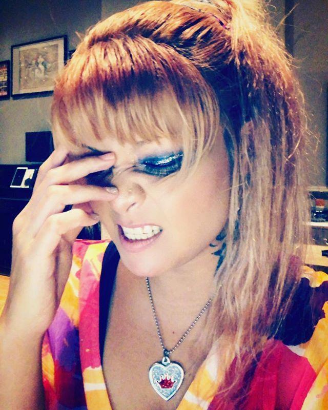 Brain Farting! #singersongwriter #writing #music #nyc #indiemusic #musicianlife #thinking #emogirl #producer #popartist #girlygirl #instafashion #thaigirl