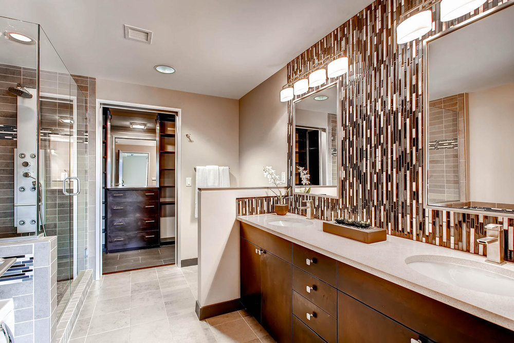 2229 Blake St 701 Denver CO-large-023-Lower Level Master Bathroom-1500x1000-72dpi.jpg