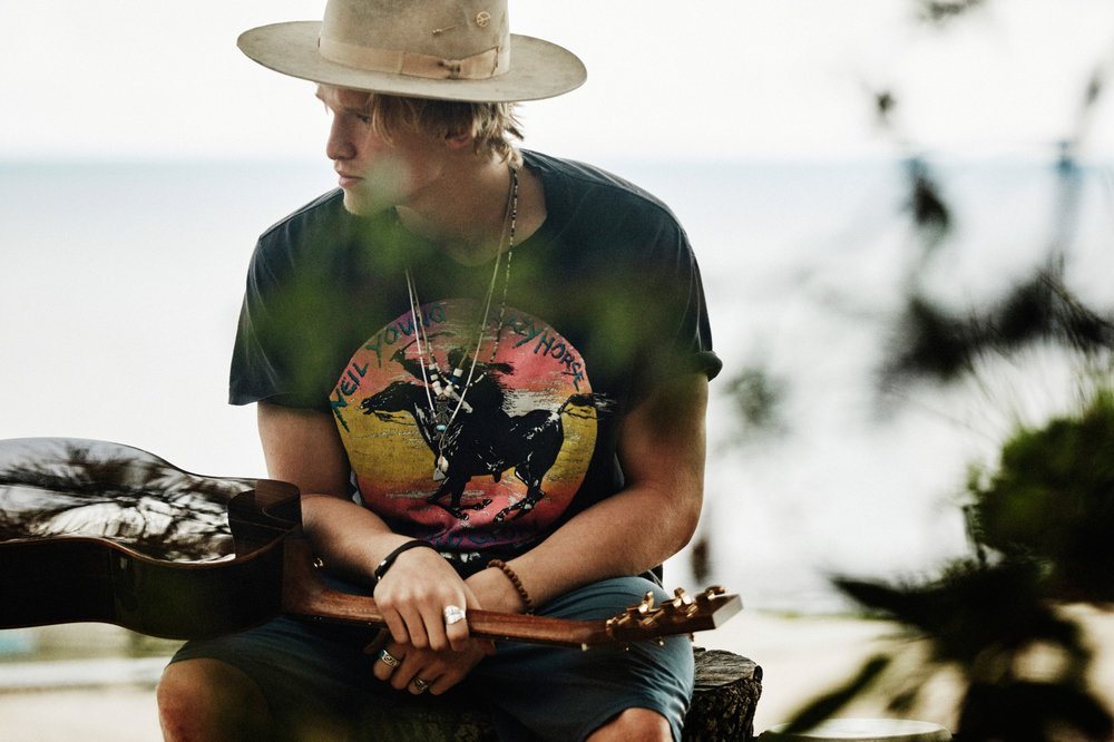 Cody-Simpson-New-Pub1-Photo-Credit-Harper-Smith.jpg