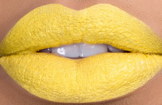 banana-milkshake-bright-yellow-lipstick-by-kaoir