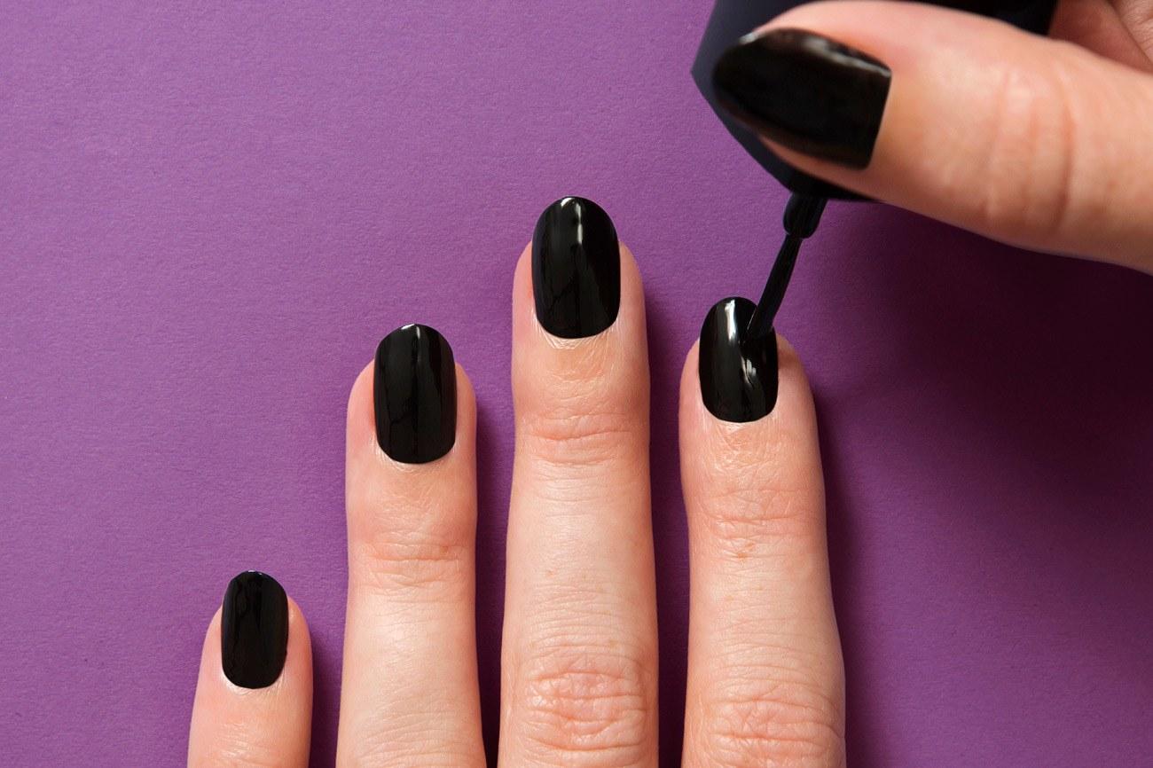 beauty-nails-2013-09-kenzo-nails-03