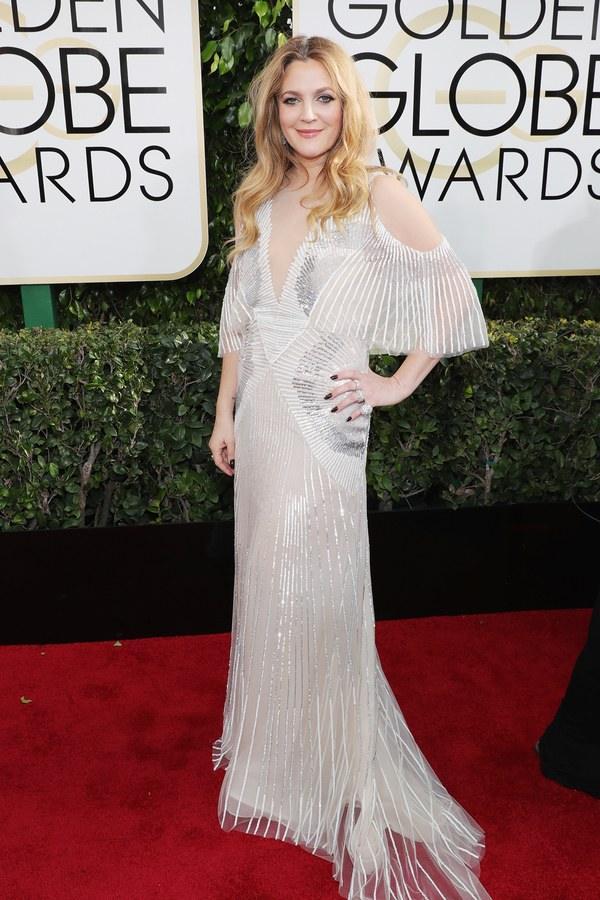 golden-globes-2017-red-carpet-drew-barrymore