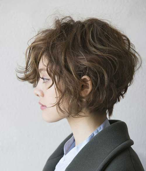 short-haircut-for-curly-wavy-hair_____________