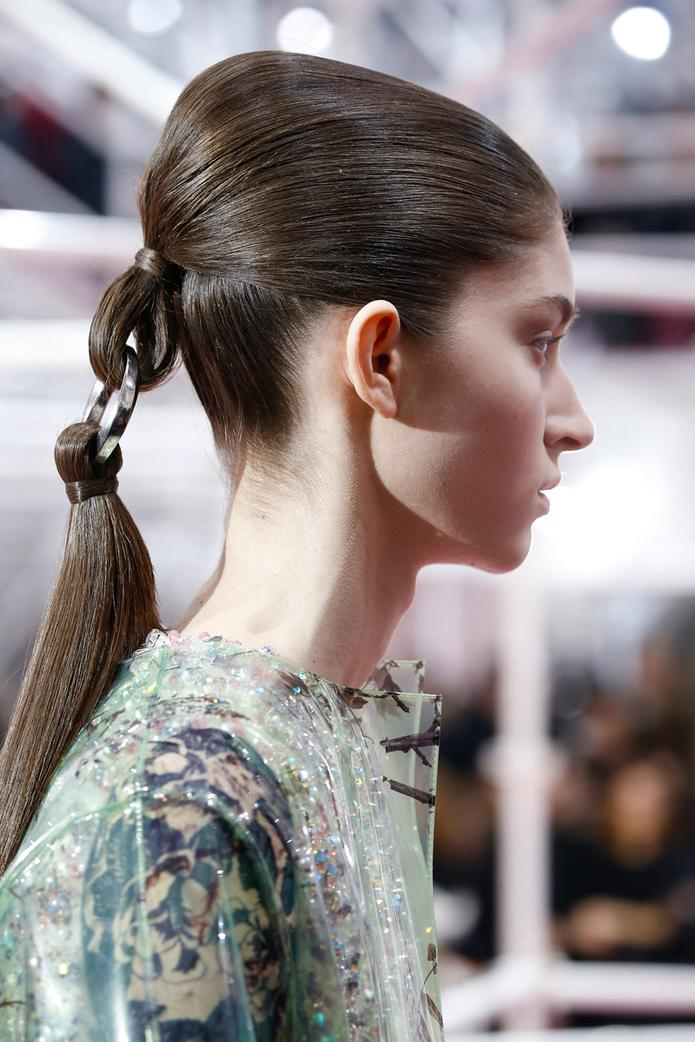 dior-ponytail-side-view