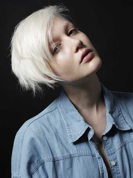 Platinum-Blonde-Short-Hairstyle
