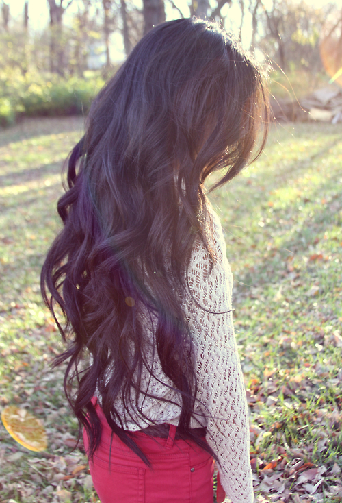 Long-Wavy-Hair-Style-Dark-Hairstyle-for-Women-tumblr