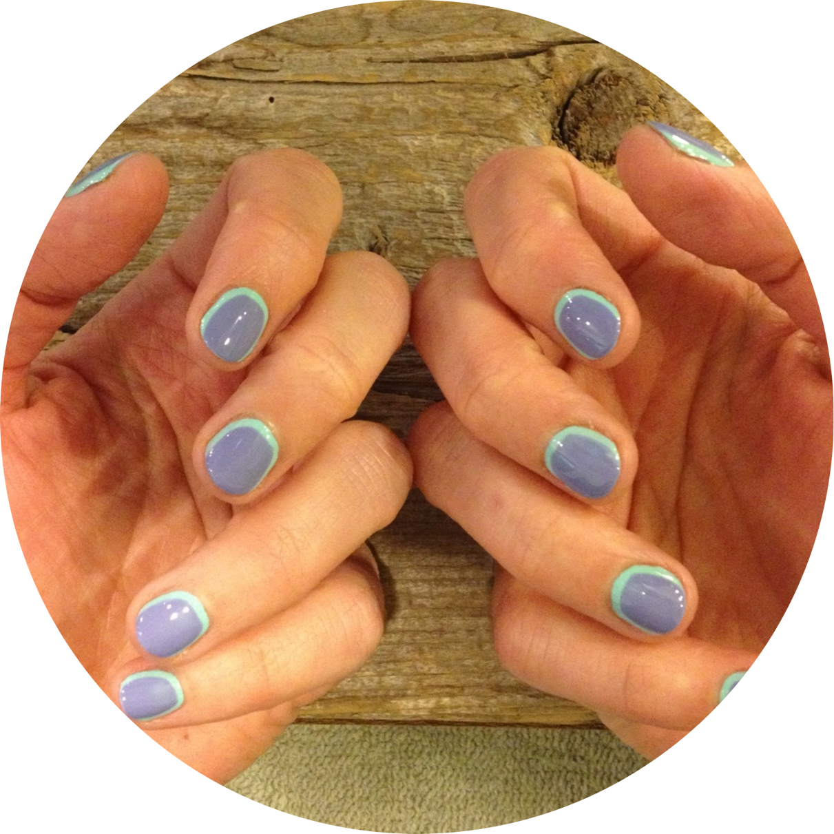Here's one of the hairstylists nails I've done by using Lungwort as an accent color.