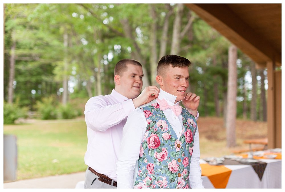 …and Garett's two brother's were his groomsmen! I loved the simplicity and intimacy of it all!