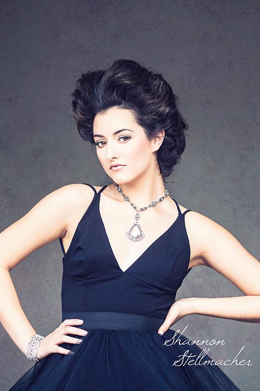 Portrait Couture 1web.jpg
