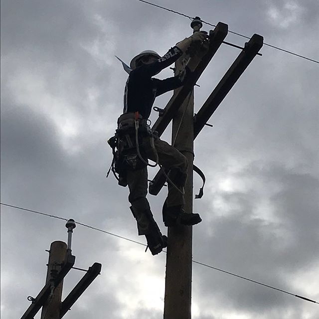 Thankyou NLC for giving my son the knowledge to begin an incredible career! #northwestlinemancollege #climbing #lineman #readyforthefuture #nlc #california #apprenticeship #linelife #proudmom