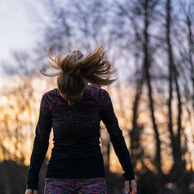 Run with your kids. Don't pressure but always offer. No guilt. Soon they're gonna be faster than you. . #trackworkout # runningfamily #marathon#halfmarathon#runner #crosscountry#instarunners#seenonmyrun #trailrunning #womensrunningcommunity #runitfast#runchat #runningcommunity#runnersofinstagram #runplanet#runnersrepost#runaddict#monitorthebeat #run #runner #running #envywear #fit #runtoinspire #furtherfasterstronger #runhappy #instagood #time2run #instafit #happyrunner #marathon #runners