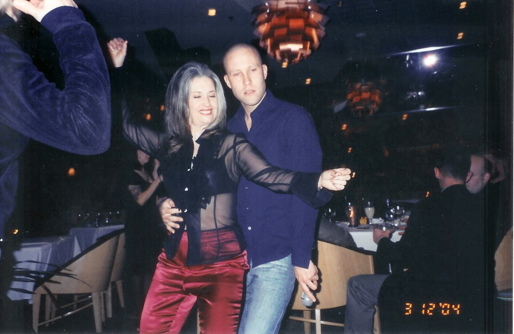 Smallville actor Michael Rosenbaum partying with April Brown Auctioneer