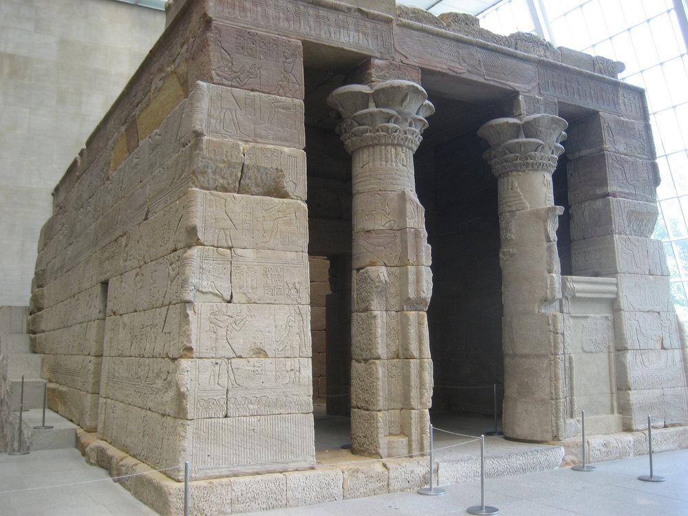 Temple_of_Dendur_-_Metropolitan_Museum.JPG