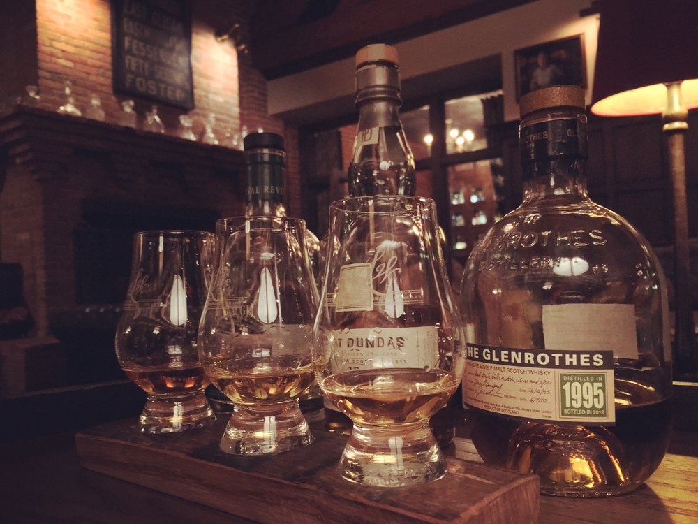 My amazing Scotch flight for $40. Glenrothes 1995 is the next best thing since pizza (for you non-peaky Scotch fans).