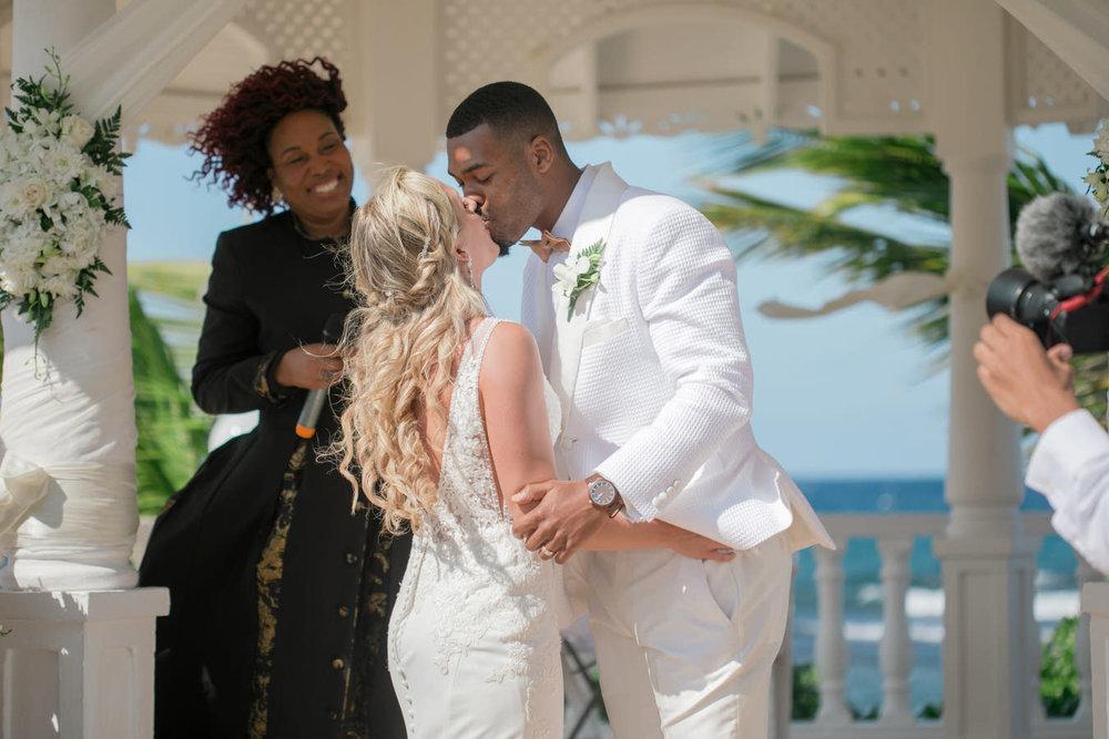 Ashley___Michael___Daniel_Ricci_Weddings_High_Res._Final_0185.jpg