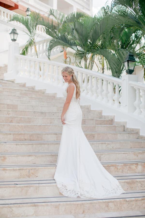 Ashley___Michael___Daniel_Ricci_Weddings_High_Res._Final_0300.jpg