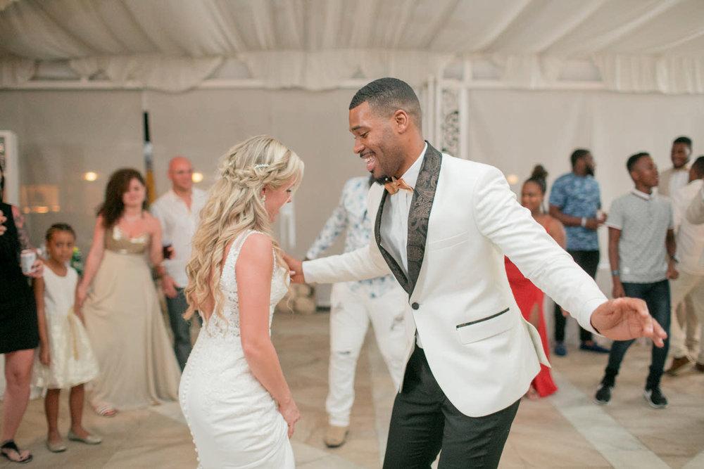 Ashley___Michael___Daniel_Ricci_Weddings_High_Res._Final_0486.jpg